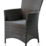 Ce scaune horeca se potrivesc cu modelele de masa alese